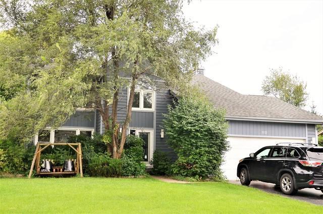 1112 Hidden Lake Drive, Buffalo Grove, IL 60089 (MLS #10087180) :: Helen Oliveri Real Estate