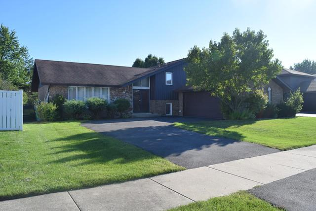 1947 E 171st Place, South Holland, IL 60473 (MLS #10087878) :: Lewke Partners