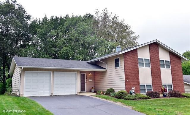 6402 Bradley Drive, Woodridge, IL 60517 (MLS #10087977) :: The Jacobs Group