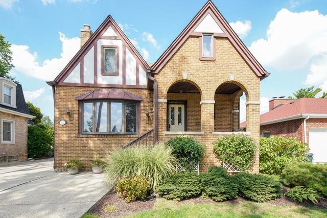 357 E Sherman Avenue, Elmhurst, IL 60126 (MLS #10087992) :: Lewke Partners