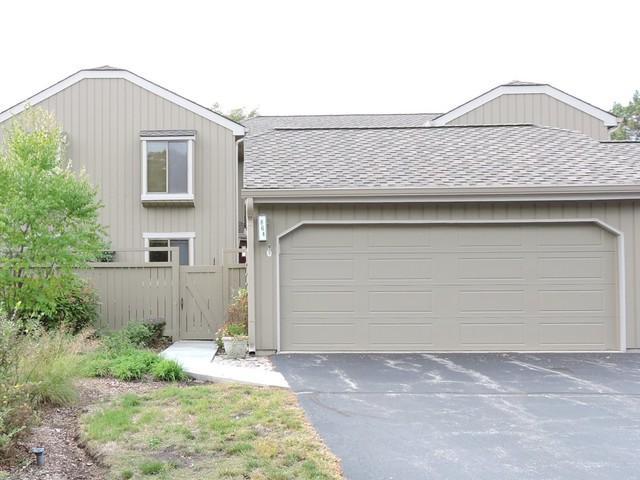 864 W Oak Hill Road #26864, Lake Barrington, IL 60010 (MLS #10088042) :: MKT Properties   Keller Williams