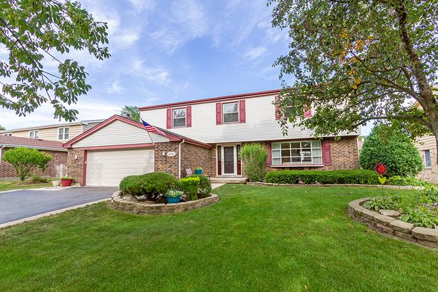 2721 N Windsor Drive, Arlington Heights, IL 60004 (MLS #10088097) :: Lewke Partners