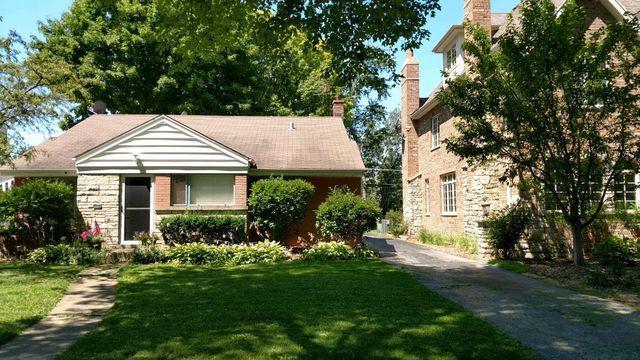 104 S Wa Pella Avenue, Mount Prospect, IL 60056 (MLS #10088104) :: Helen Oliveri Real Estate