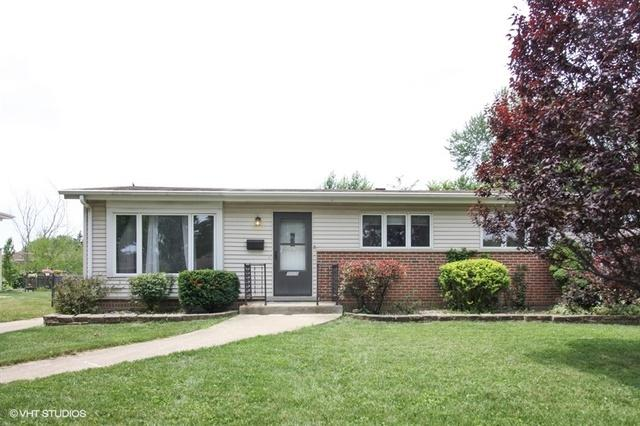 1026 Daniel Drive, Bensenville, IL 60106 (MLS #10088348) :: The Saladino Sells Team