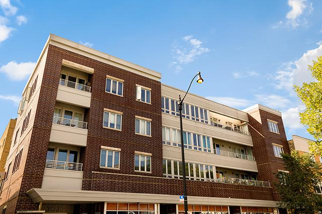 3021 W Armitage Avenue #207, Chicago, IL 60647 (MLS #10088420) :: Leigh Marcus | @properties