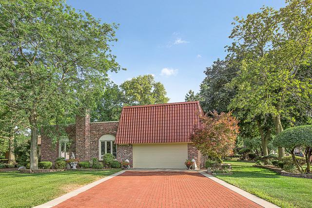 185 Sherwood Drive, Wood Dale, IL 60191 (MLS #10088523) :: Lewke Partners