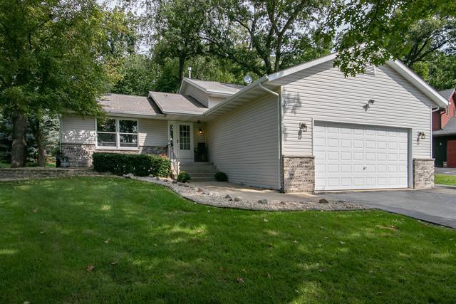 117 NE Valhalla Drive, Poplar Grove, IL 61065 (MLS #10088618) :: Fidelity Real Estate Group