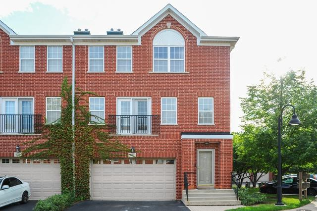927 Enfield Drive 14-G1, Northbrook, IL 60062 (MLS #10088669) :: Helen Oliveri Real Estate