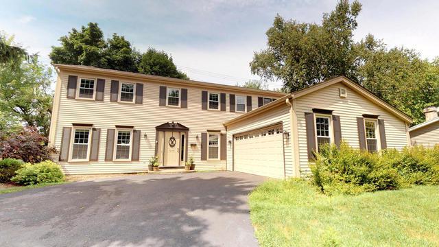 901 Bedford Lane, Libertyville, IL 60048 (MLS #10088687) :: Helen Oliveri Real Estate