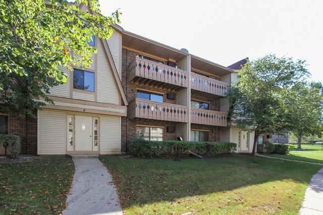 6 Parkside Court #6, Vernon Hills, IL 60061 (MLS #10088781) :: Helen Oliveri Real Estate