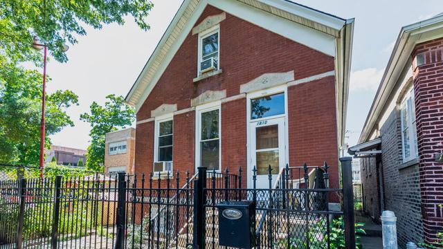1810 N Fairfield Avenue, Chicago, IL 60647 (MLS #10088921) :: Leigh Marcus | @properties