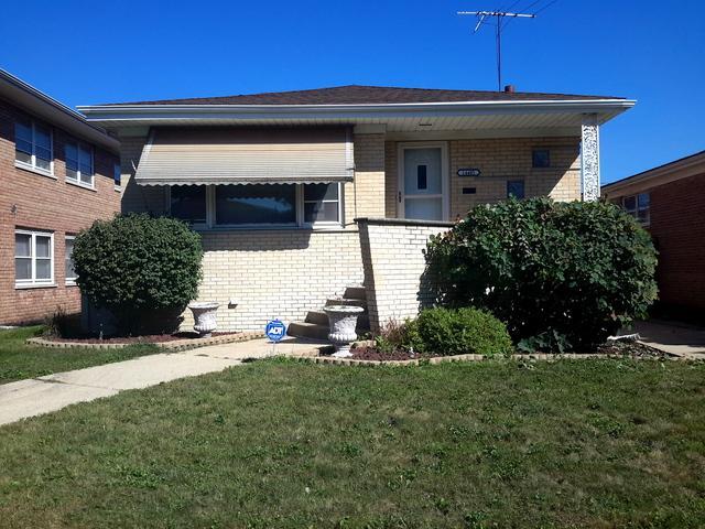 14405 S Yates Avenue, Burnham, IL 60633 (MLS #10088932) :: The Dena Furlow Team - Keller Williams Realty