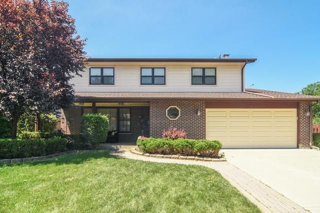 1834 N Vail Avenue, Arlington Heights, IL 60004 (MLS #10089014) :: Helen Oliveri Real Estate