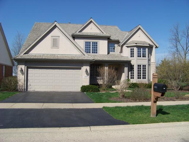 1889 Westleigh Drive, Glenview, IL 60025 (MLS #10089234) :: Helen Oliveri Real Estate