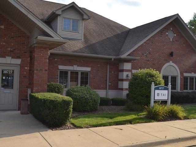 10727 Winterset Drive, Orland Park, IL 60467 (MLS #10089274) :: The Saladino Sells Team