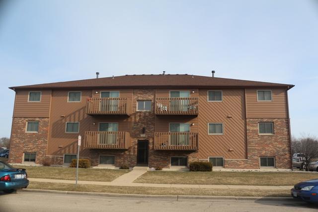 1029 Ridge Drive, Dekalb, IL 60115 (MLS #10089315) :: Lewke Partners