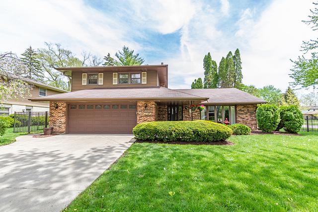 1601 N Rosetree Lane, Mount Prospect, IL 60056 (MLS #10089631) :: Helen Oliveri Real Estate