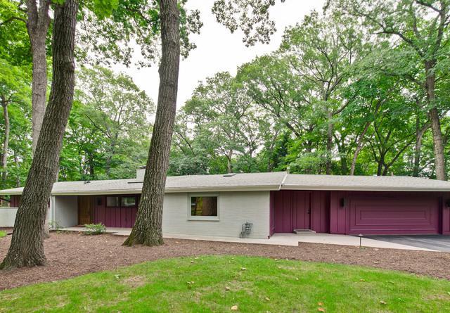 5 Darby Lane, Lincolnshire, IL 60069 (MLS #10089892) :: Helen Oliveri Real Estate