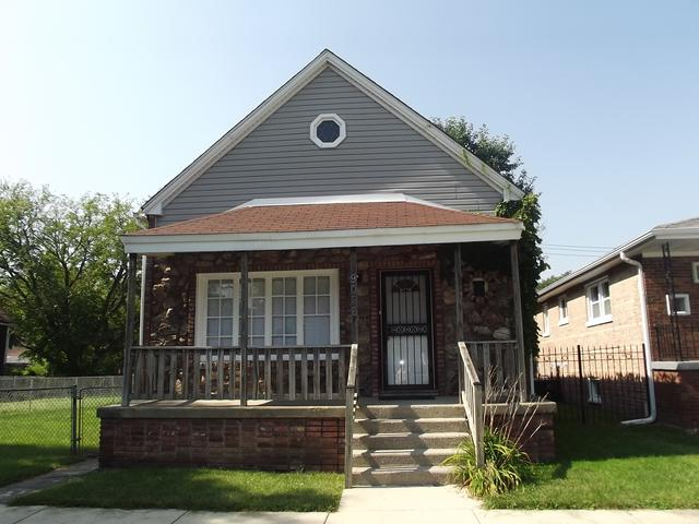 9026 S Greenwood Avenue, Chicago, IL 60619 (MLS #10090134) :: Leigh Marcus | @properties