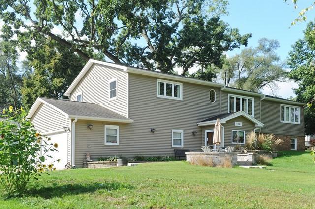 21589 W Maurine Drive, Lake Villa, IL 60046 (MLS #10090346) :: The Jacobs Group