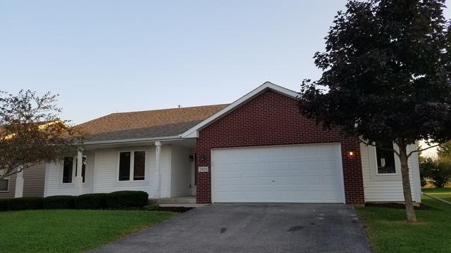 2055 Lafayette Drive, Belvidere, IL 61008 (MLS #10090433) :: Lewke Partners