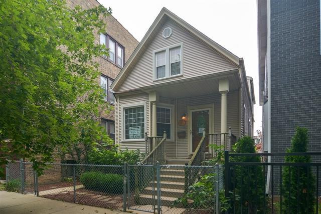 2827 W Nelson Street, Chicago, IL 60618 (MLS #10090638) :: Lewke Partners