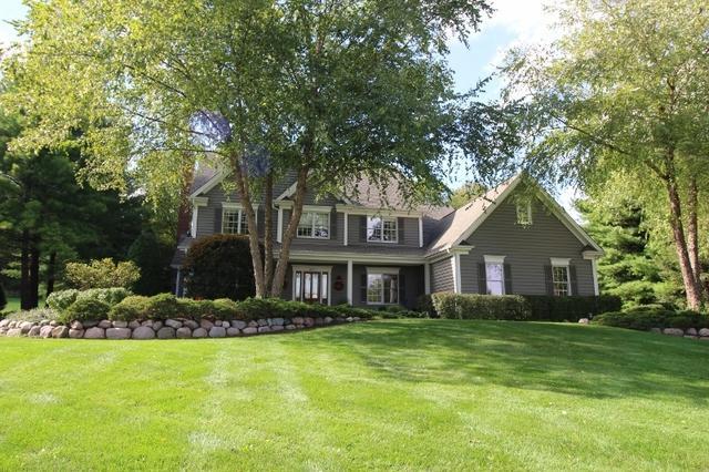 507 Cove Drive, Cary, IL 60013 (MLS #10090666) :: Lewke Partners