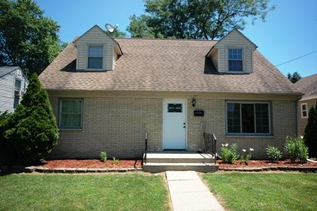 265 S Clifton Avenue, Elgin, IL 60123 (MLS #10090857) :: Lewke Partners