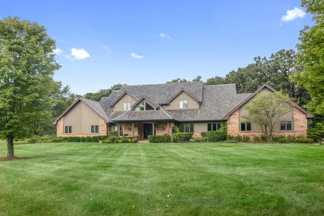 21710 N Hickory Lane, Barrington Hills, IL 60010 (MLS #10091089) :: Lewke Partners