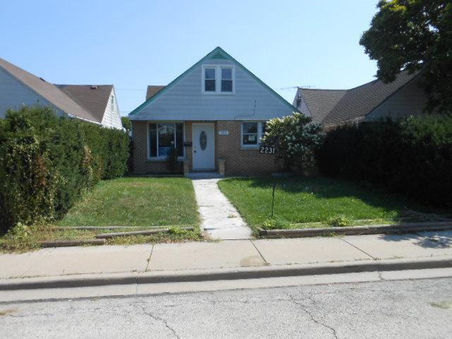 2231 N Finley Avenue, River Grove, IL 60171 (MLS #10091135) :: Lewke Partners