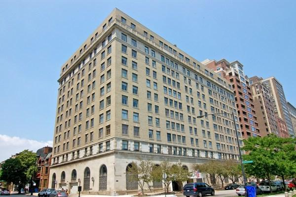 2100 N Lincoln Park West 3BS, Chicago, IL 60614 (MLS #10091220) :: Lewke Partners
