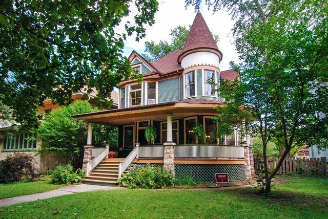 326 S Humphrey Avenue S, Oak Park, IL 60302 (MLS #10091296) :: Lewke Partners