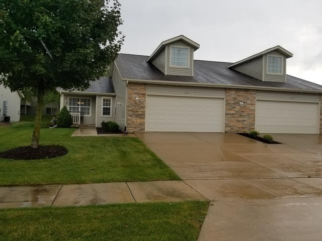 1157 Trowbridge Lane #1157, Rockford, IL 61107 (MLS #10091312) :: Lewke Partners
