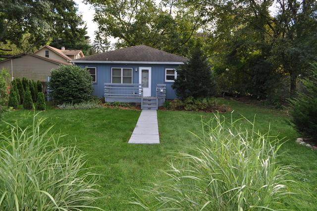 303 Circle Road, Fox River Grove, IL 60021 (MLS #10091476) :: The Jacobs Group