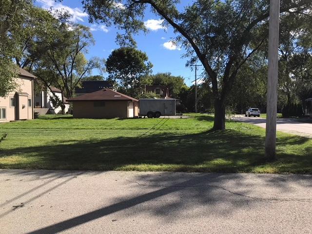 20757 N Elizabeth Avenue, Prairie View, IL 60069 (MLS #10091637) :: HomesForSale123.com