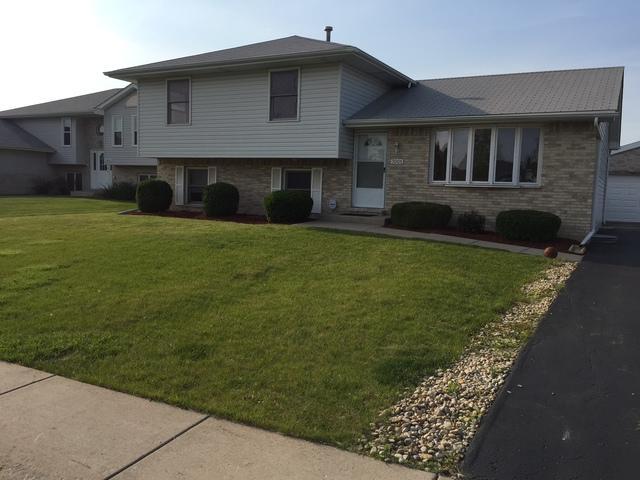 7001 Applegate Drive, Plainfield, IL 60586 (MLS #10091908) :: Lewke Partners