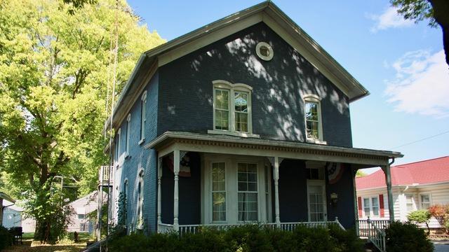 330 E Jackson Street, Morris, IL 60450 (MLS #10091972) :: Lewke Partners