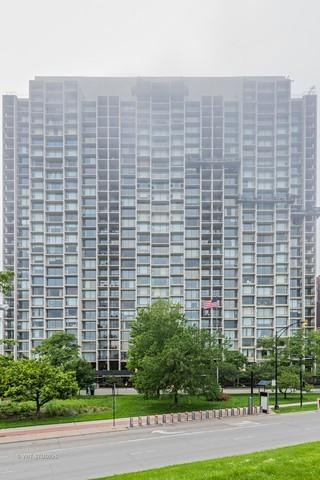 3200 N Lake Shore Drive #303, Chicago, IL 60657 (MLS #10091981) :: Baz Realty Network | Keller Williams Preferred Realty