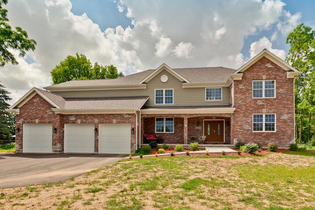 1521 Augusta Way, Spring Grove, IL 60081 (MLS #10092005) :: Lewke Partners