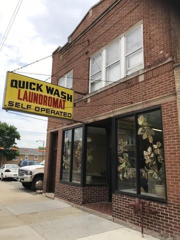 5809 Montrose Avenue, Chicago, IL 60634 (MLS #10092315) :: Lewke Partners