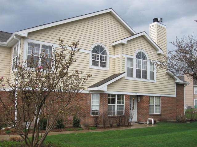 765 W Happfield Drive, Arlington Heights, IL 60004 (MLS #10092351) :: The Dena Furlow Team - Keller Williams Realty
