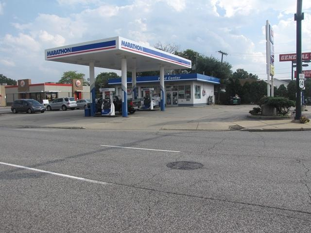 7145 Dempster Street, Niles, IL 60714 (MLS #10092427) :: Lewke Partners