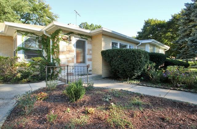 5707 N New Hampshire Avenue, Chicago, IL 60631 (MLS #10092565) :: Lewke Partners
