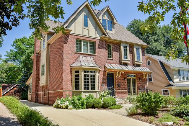 352 S Sleight Street, Naperville, IL 60540 (MLS #10092580) :: Lewke Partners