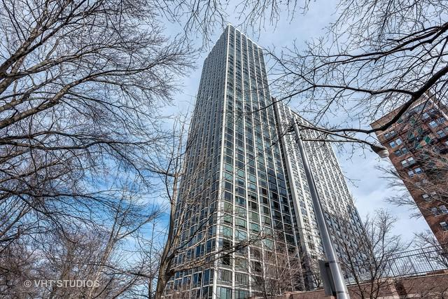 1555 N Astor Street 19W, Chicago, IL 60610 (MLS #10092638) :: Property Consultants Realty