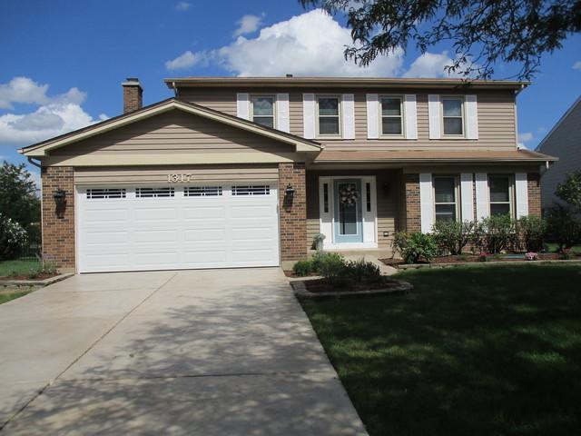 1317 Cortland Drive, Naperville, IL 60565 (MLS #10093161) :: Ani Real Estate