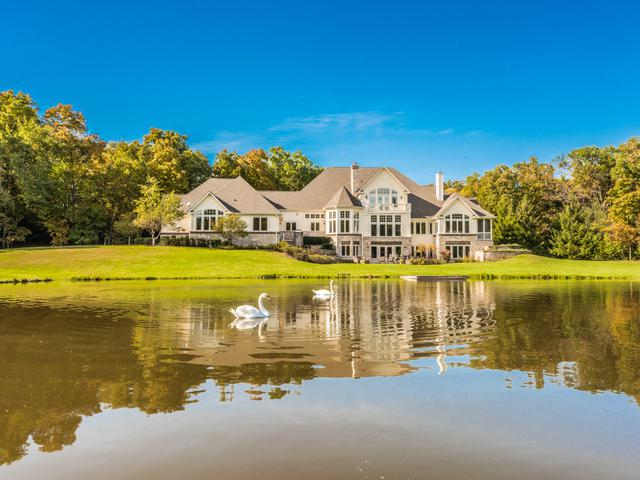 75 N Saddle Tree Lane, North Barrington, IL 60010 (MLS #10093402) :: The Jacobs Group