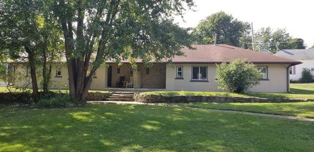 807 Cartwright Avenue, Ashton, IL 61006 (MLS #10093828) :: Ani Real Estate