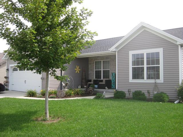 2017 Prairie Grass Lane, Mahomet, IL 61853 (MLS #10094201) :: Ryan Dallas Real Estate
