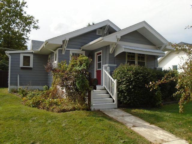 1012 N 9th Street, Rochelle, IL 61068 (MLS #10094847) :: The Dena Furlow Team - Keller Williams Realty